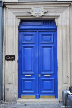 blue-door-3