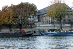 River Cruise along Seine